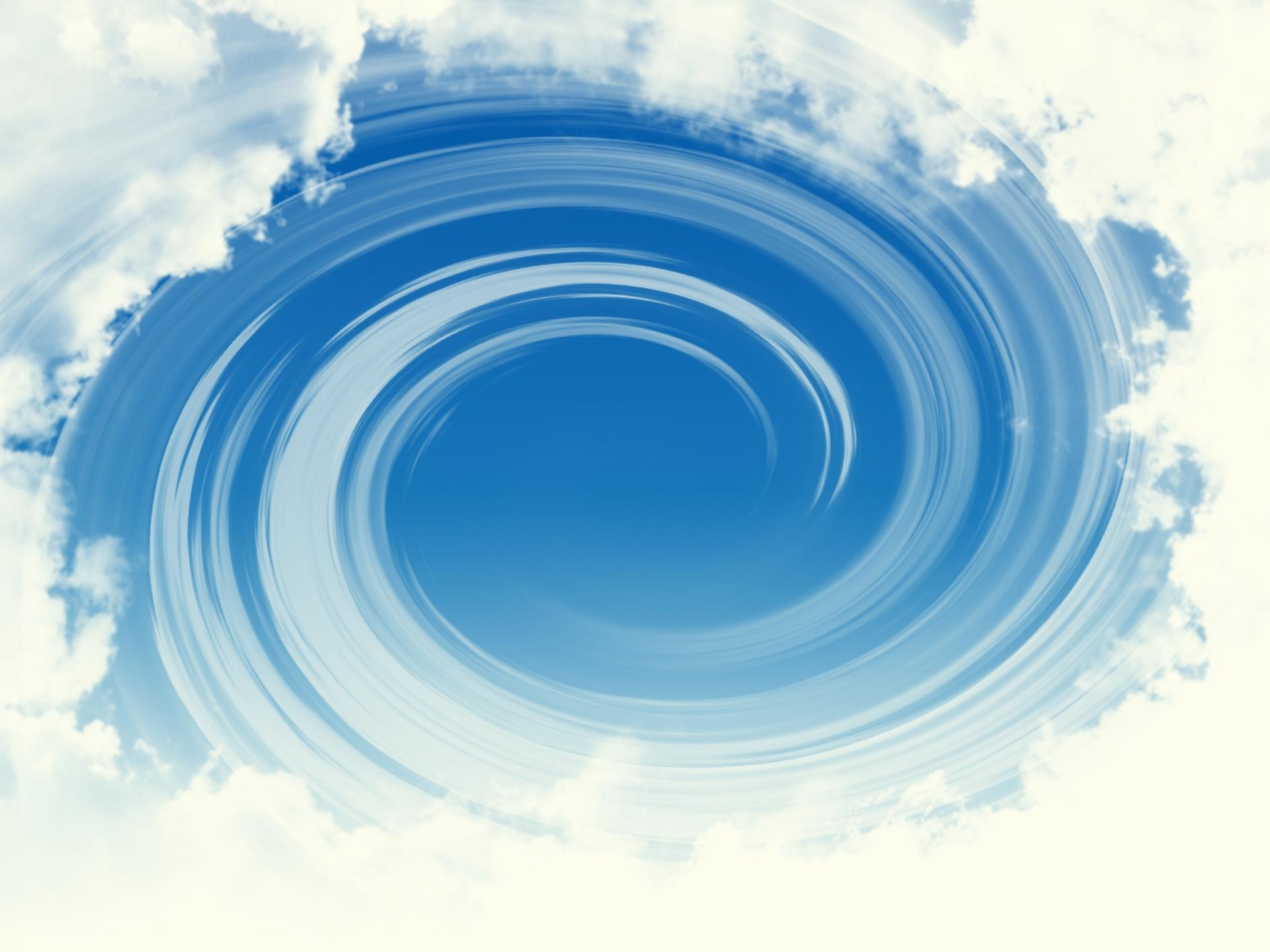台風の通過に際して、渦巻きという形状とデザインについて考えてみる。
